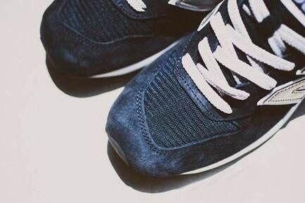 nb鞋子 穿衣