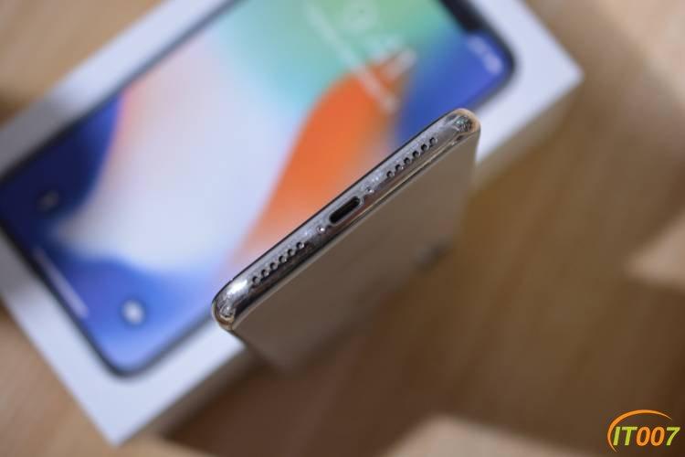 iPhone X 港版 64G  银色 95新 3900