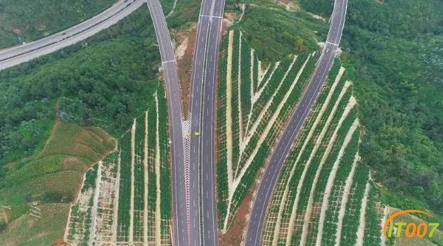 美景在路上!江通高速、昆明绕城东南段通车-4.jpg