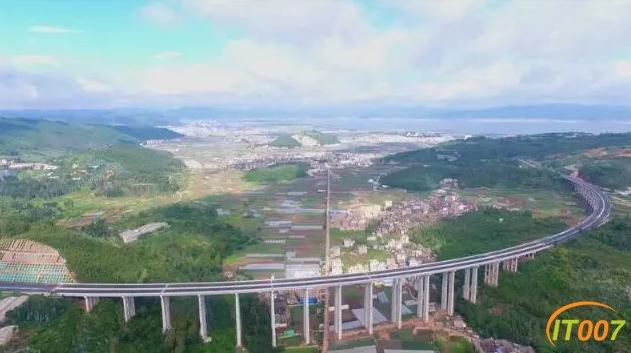 美景在路上!江通高速、昆明绕城东南段通车-5.jpg