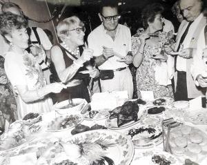 昆明人生活变迁70年图记之二:食为民天-2.jpg