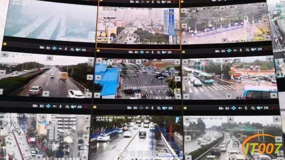 返程高峰开始!多条高速拥堵加剧 火车站周边道路车流量大增-2.jpg