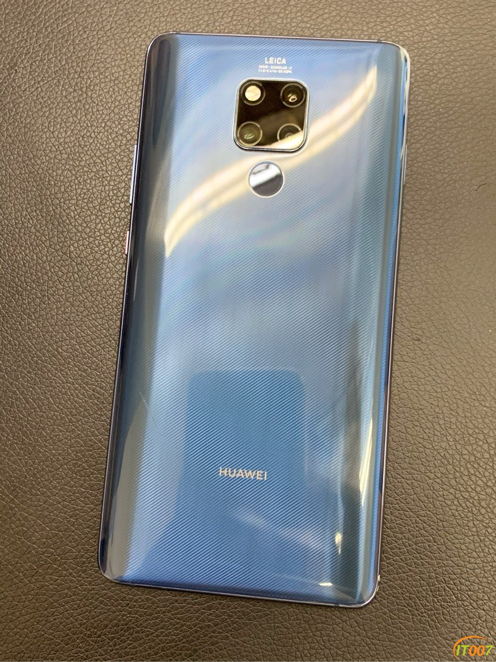华为mate20X 宝石蓝 4G版 8+256G成色一般
