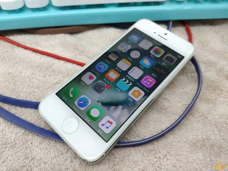 168大洋出一臺iPhone5,不錯喲這個屌