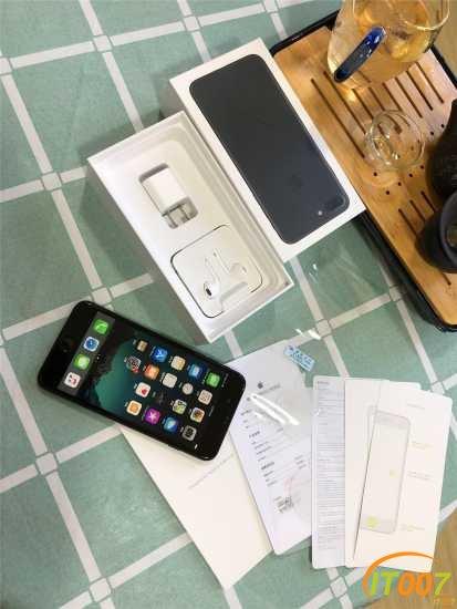 出一臺iPhone7plus黑色,128g在保355天國行