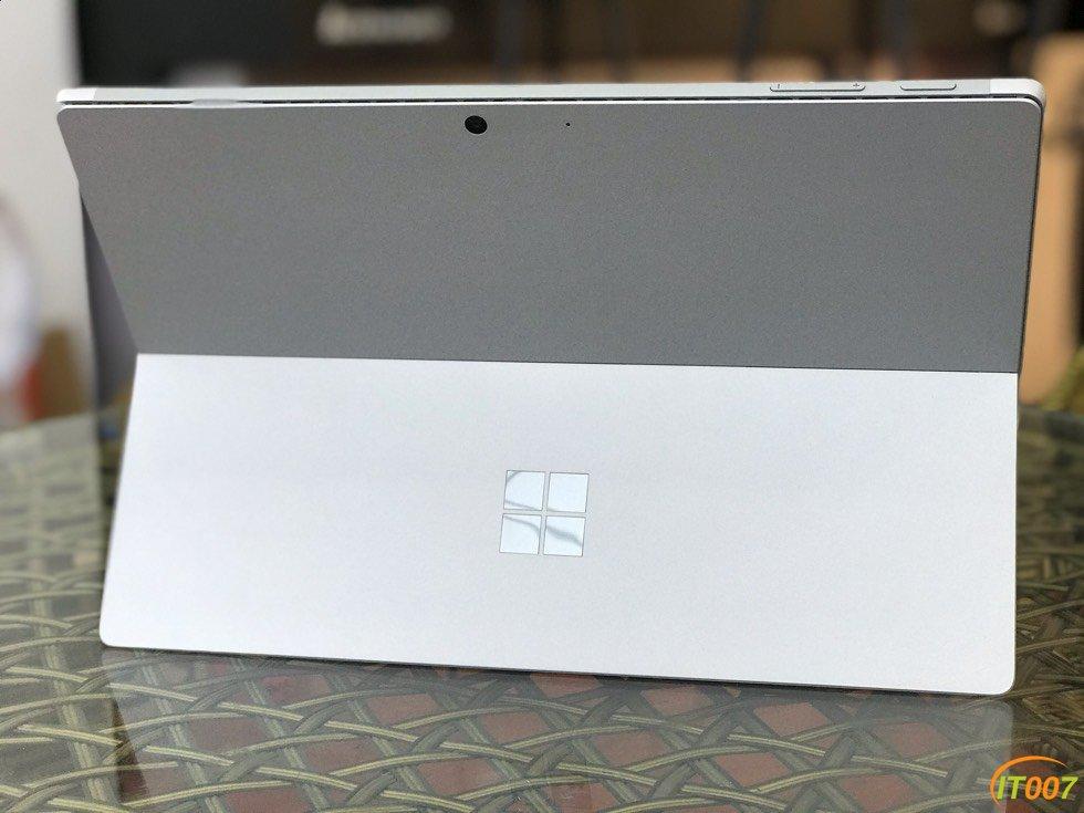 微軟二合一筆記本surface pro7 8G128