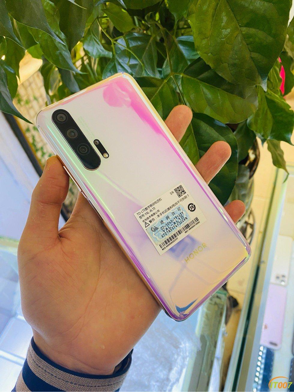 华为荣耀20pro,搭载980处理器,紫色,8128G,纯原,成色9.5新