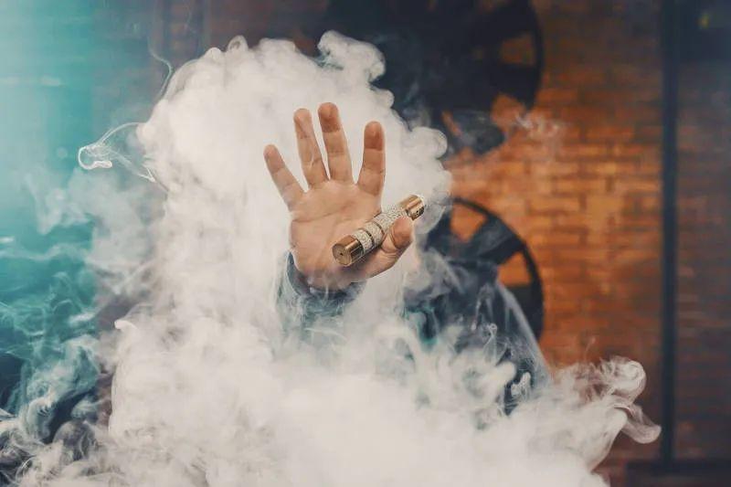 科普向: IQOS和喜科CIGOO电子烟烟弹的烟雾是越大越好吗?