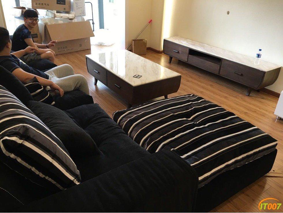 出一个自家用4米长全羽绒沙发