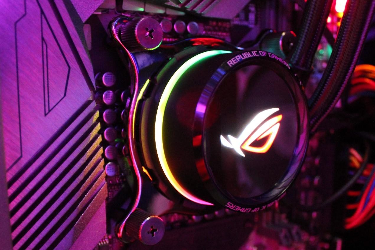 ROG信仰盛会 ROG CPU水冷散热器强势吸睛