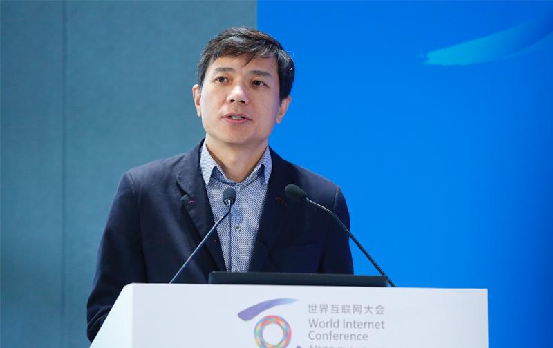 李彦宏内部信:百度在核心业务领域仍然地位牢固