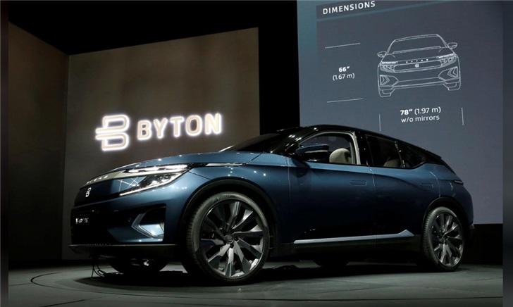 """科技巨头们齐努力:想把汽车变成一个""""智能手机"""""""