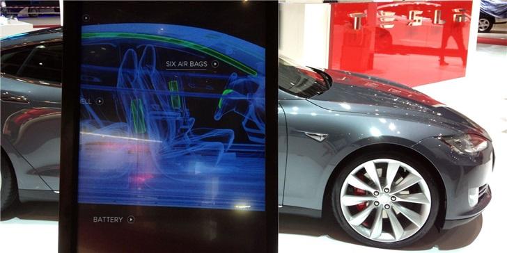 特斯拉:听说你找到了车载系统漏洞?百万奖金、新款Model 3带回家