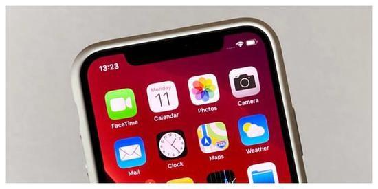 """美股""""黑色星期一"""",苹果等五大科技巨头市值蒸发逾2000亿美元"""