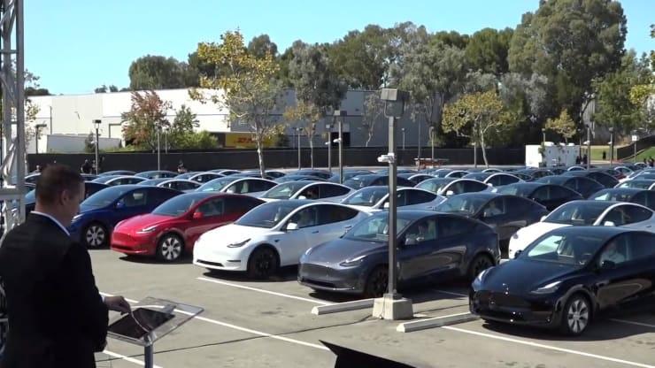 特斯拉:今年交付量将增长 40%,Autopilot 全自动驾驶功能测试版很快发布