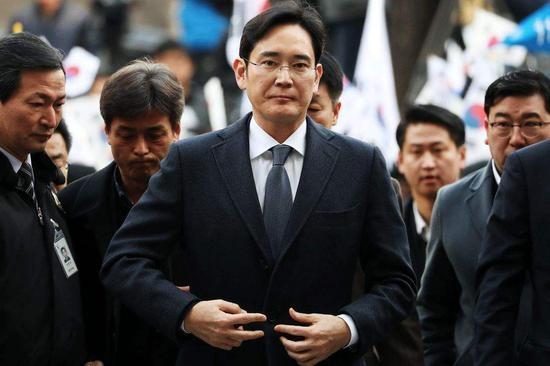三星李在镕涉嫌欺诈和操纵股价案今日开审,本人未出庭