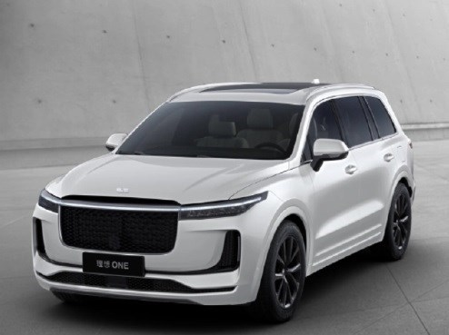 李想:400KW 快充技术成熟前,理想汽车不会推出纯电车型