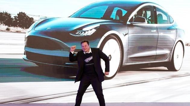 特斯拉 + SpaceX 总价值超过 5000 亿美元,马斯克:狂野的时代