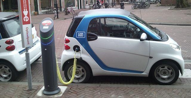 2020 年德国卖了近 20 万辆电动汽车,销量增长了三倍