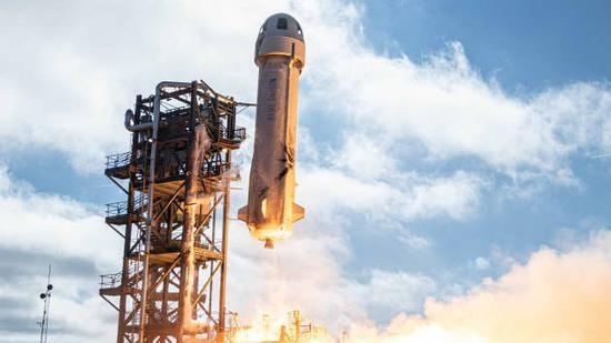 贝索斯蓝色起源计划最早 4 月启动首次载人飞行